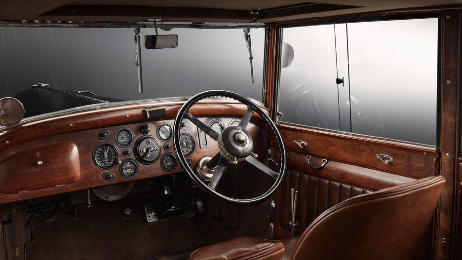 جشن صدمین سالگرد بنتلی با یک نسخه ویژه از مولسان مولینر/ این خودرو برای احترام به موسس بنتلی ساخته شده است