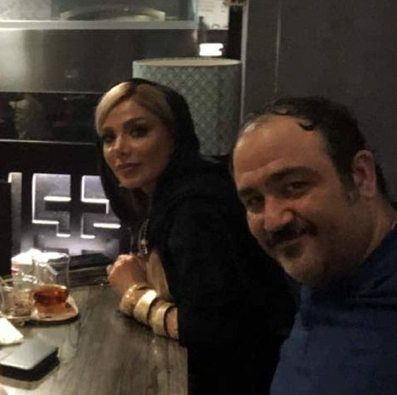 مهران غفوریان در کنار خانواده اش (عکس)