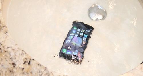 این گوشی 48 ساعت زیر آب اقیانوس دوام آورد!