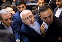 ظریف: خیال نکنید اگر روحانی رفت و اصولگرایان آمدند موفق میشوند/ میخواهند ایران را نابود کنند/ خیال نکنند اگر جمهوری اسلامی ایران رفت آنها سر کار میآیند / فقط قدرت نظامی کافی نیست /  تا دیروز میگفتند برجام هیچ دستاوردی نداشته