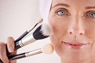 ترفندهای آرایشی برای خانمهای مسن