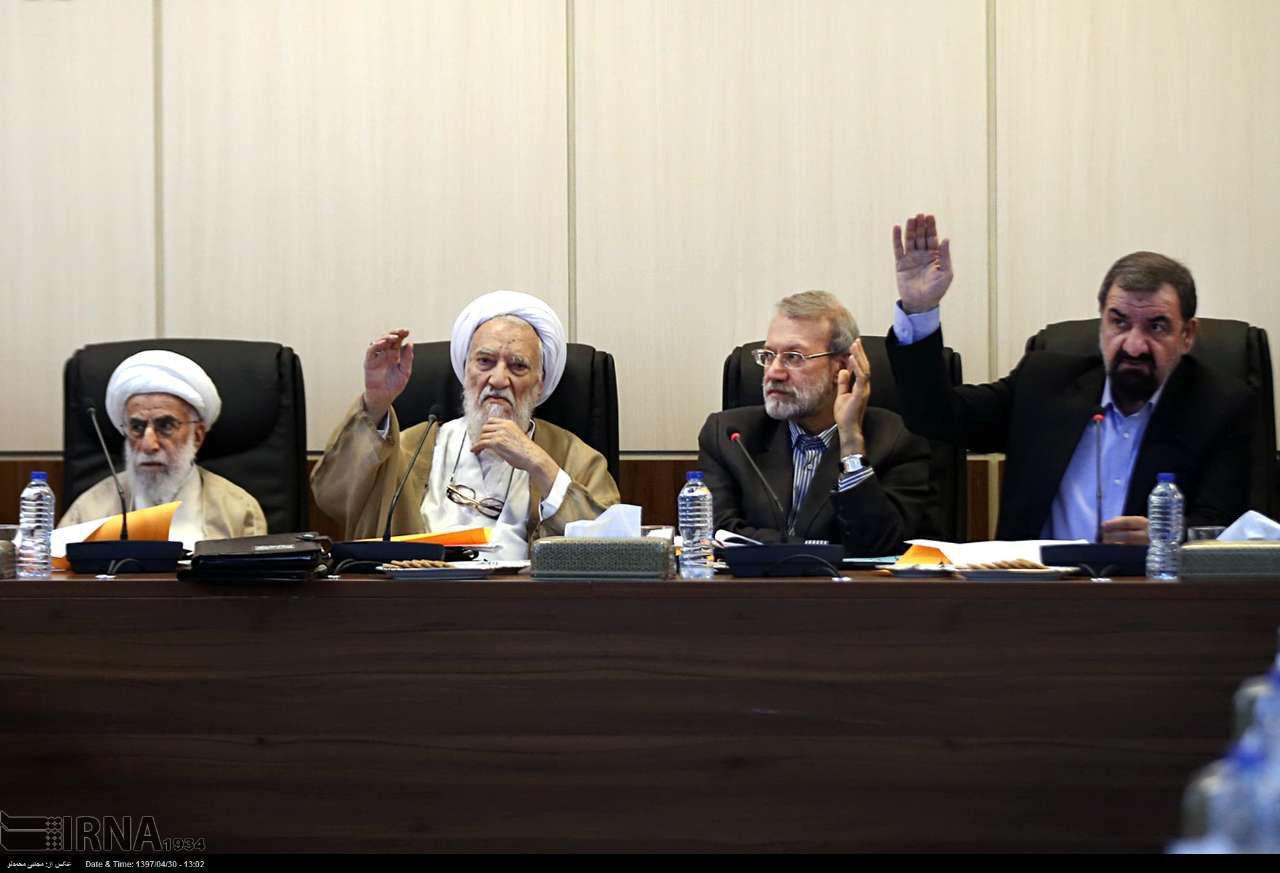لحظه رای گیری در مجمع تشخیص برای بازگشت سپنتا نیکنام به شورای شهر یزد(عکس)