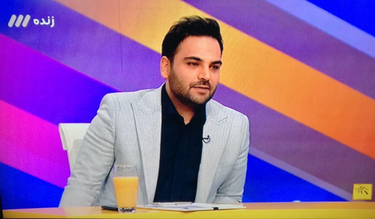 احسان علیخانی: پرداختی ثامن الحجج به صدا و سیما برای ۶ برنامه درطی ۳ سال بود/بدون مجوز حق تبلیغ پشمک را نیز نداریم/هزار تومان وام از هیچ جایی نگرفتهام
