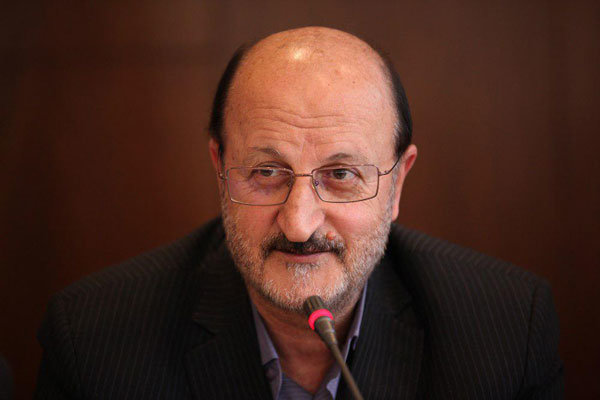 استاندار قزوین: 65 درصد اعتبارات شهرداري ها صرف پرداخت حقوق و دستمزد ميشود