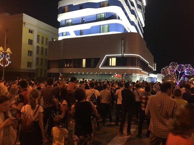 هوادر مقابل هتل تیم پرتغال: نگذاریم بخوابند، تا فردا نای راه رفتن نداشته باشند!