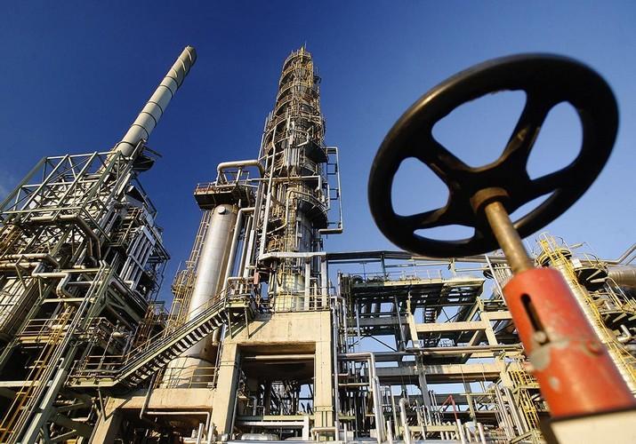آمریکا به دنبال توقف کامل صادرات نفت ایران تا آبان 97