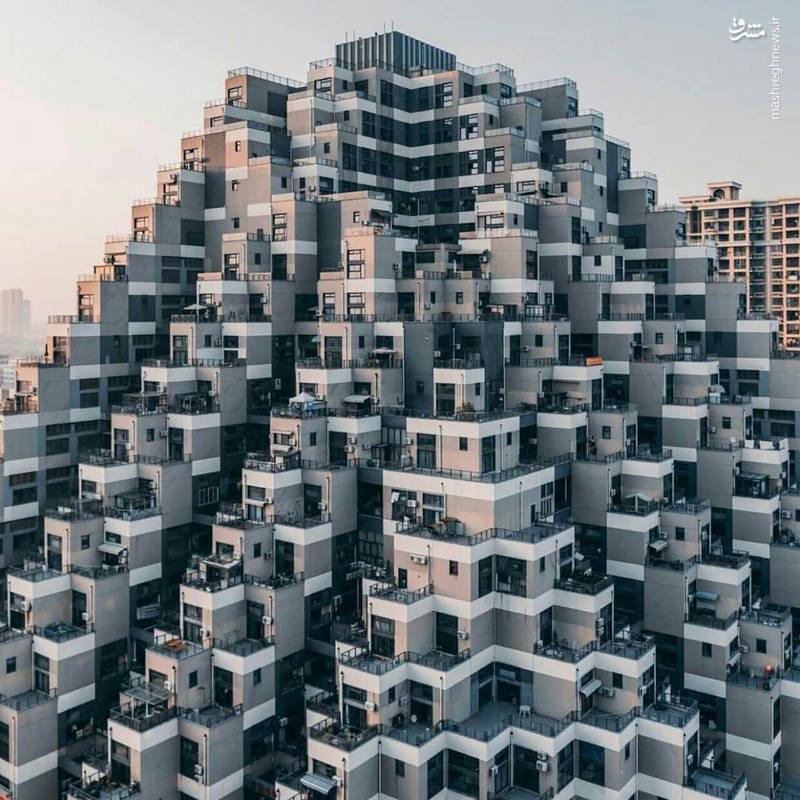 آپارتمانی به سبک اهرام مصر (عکس)
