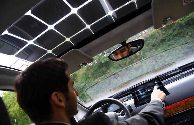 خودرویی با سقف خورشیدی (+عکس)