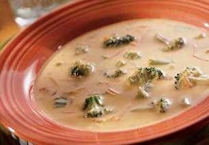 طرز تهیه سوپ کلم بروکلی و پنیر