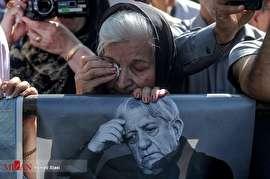 مراسم بدرقه و خاکسپاری عزتالله انتظامی (عکس)