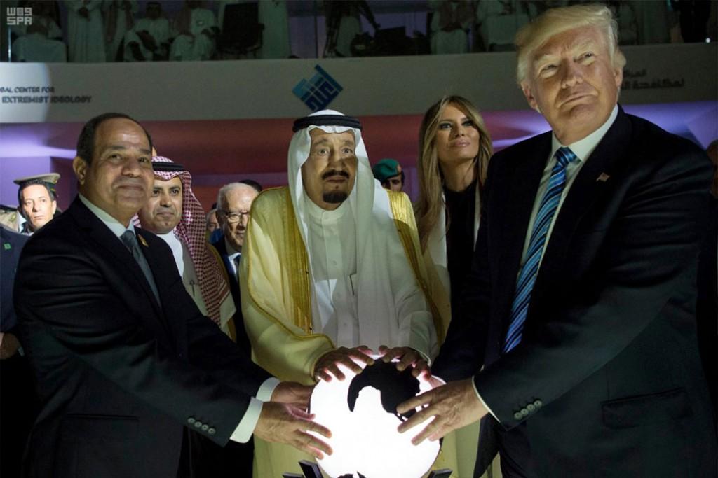 ترامپ در پی تشکیل ناتوی عربی برای مقابله با ایران