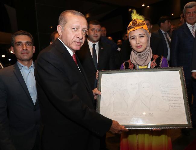 اردوغان: باید به حاکمیت دلار بر اقتصاد جهانی پایان دهیم