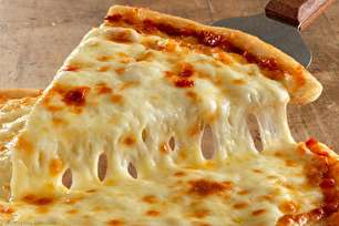 طرز تهیه پیتزا پنیر