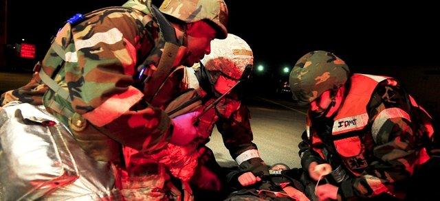 لباسهای نظامی با قدرت شارژ ابزار الکتریکی