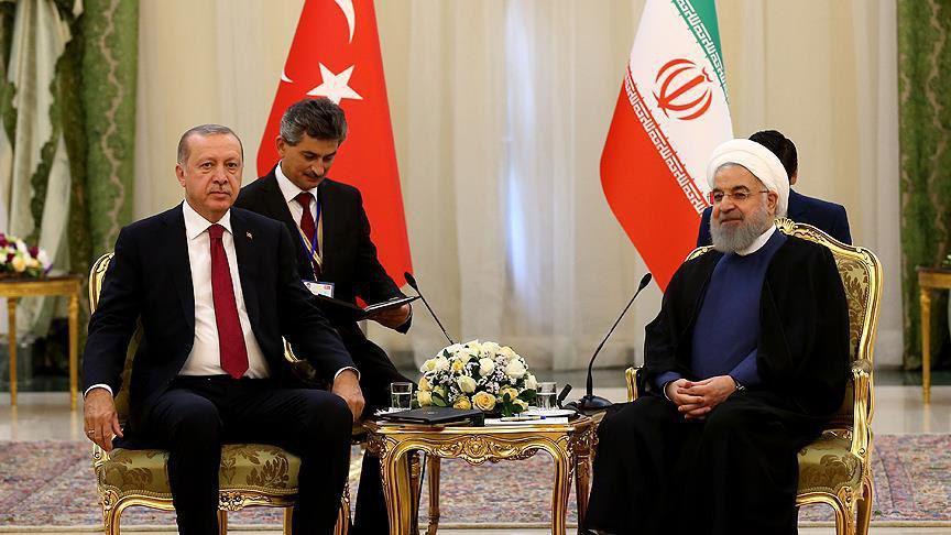 دیدار روسای جمهور ایران و ترکیه پیش از آغاز نشست (عکس)