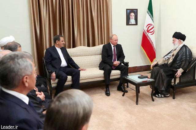 پوتین با مقام معظم رهبری دیدار کرد (عکس)