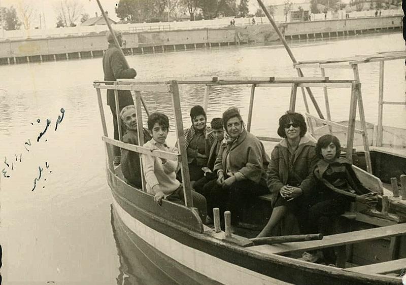 قایقسواری نوه و نتیجه ناصرالدین شاه در بابلسر (عکس)