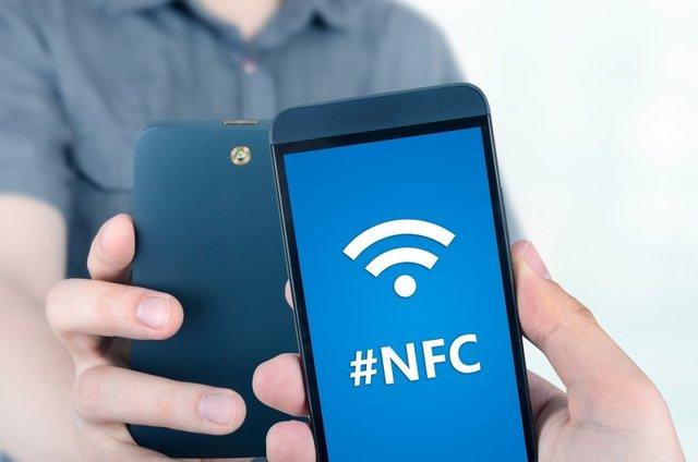 از فناوری NFC در گوشیهای هوشمند چه میدانید؟