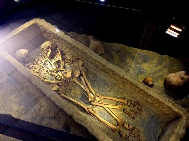 زن و مردی بازمانده از 1800 سال پیش! (+عکس)