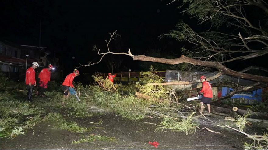 25 کشته در طوفان فیلیپین (+عکس)