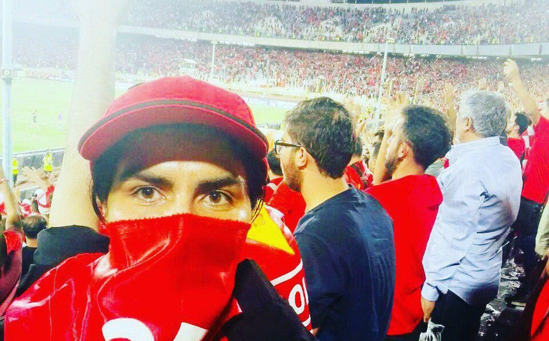 حضور تماشاگر خانم در بازی پرسپولیس - الدحیل (عکس)