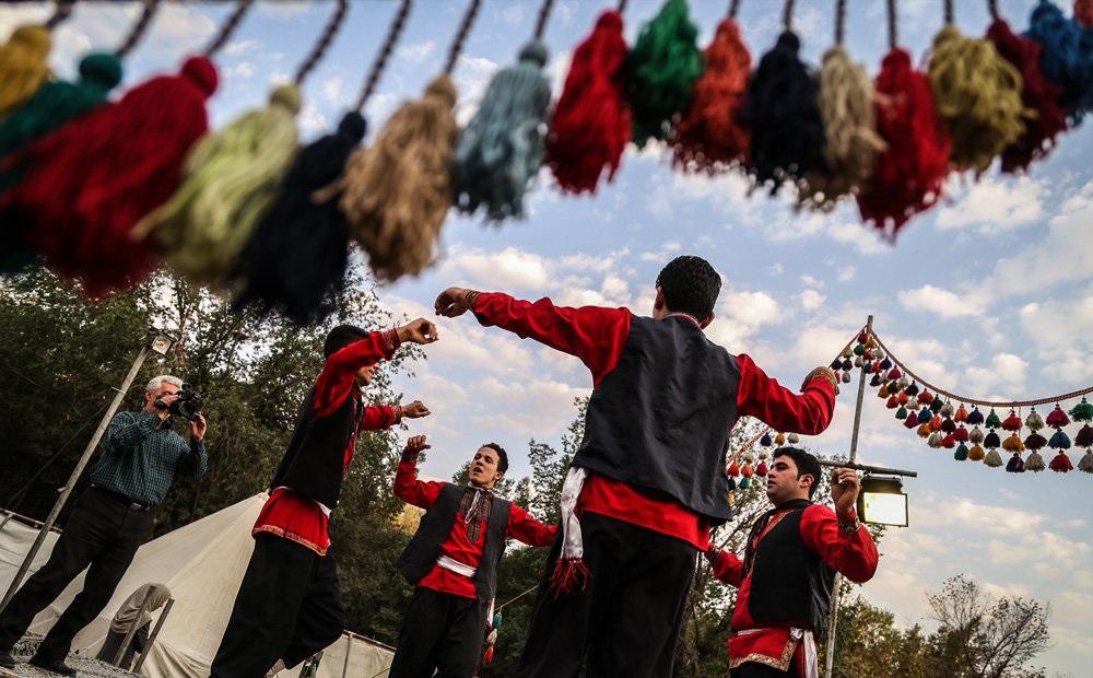 دومین جشنواره بزرگ اقوام ایرانی در قزوین برگزار میشود