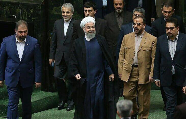 آغاز جلسه علنی مجلس/ سوال از روحانی در دستور کار