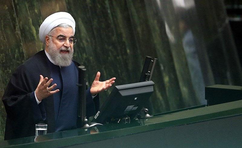 روحانی در منگنه/ لاک دفاعی جواب نداد