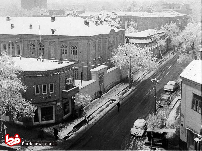 مدرسه زرتشتیهای تهران در 57 سال قبل (عکس)