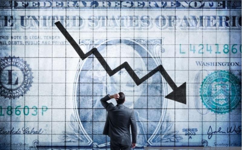 آخرین وضعیت بازار ارز: از کابوس شبانه دلالان تا ادامه سقوط دلار در صبح امروز