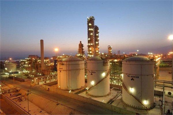 اختصاص 16.8 میلیارد دلار از صندوق توسعه ملی به نفت و گاز