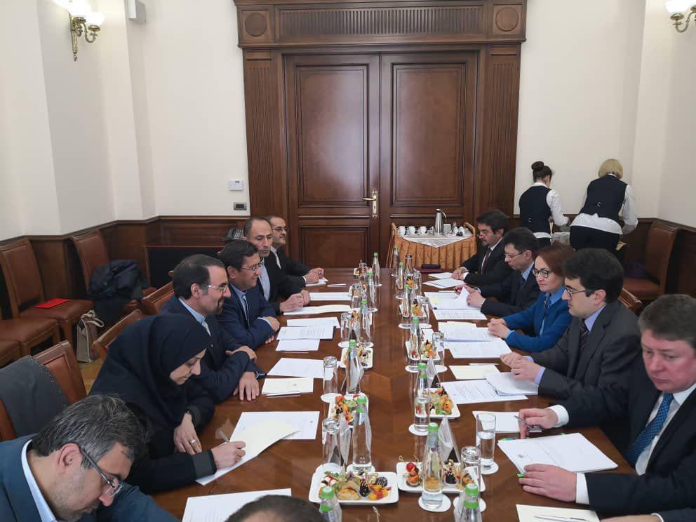 دیدار رؤسای کل بانک مرکزی ایران و روسیه (+عکس)