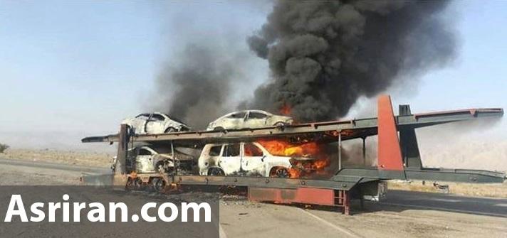 آتش گرفتن تریلی حامل خودروهای لوکس در جاده بندر عباس (+عکس و فیلم)