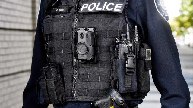 جلیقه ماموران پلیس به دوربین مجهز میشود (+عکس)