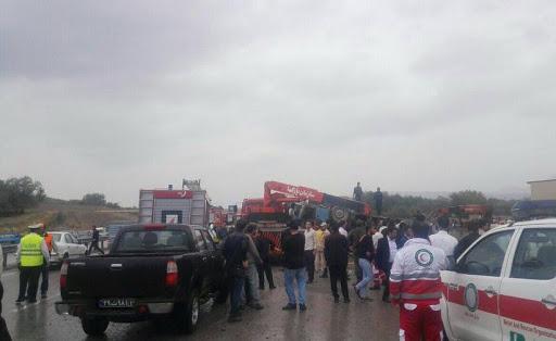 2 کشته و 30 مصدوم در تصادف اتوبوس دانشآموزان دختر
