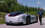 ولوو عجیبترین خودرو بدون سرنشین را عملیاتی کرد (فیلم)