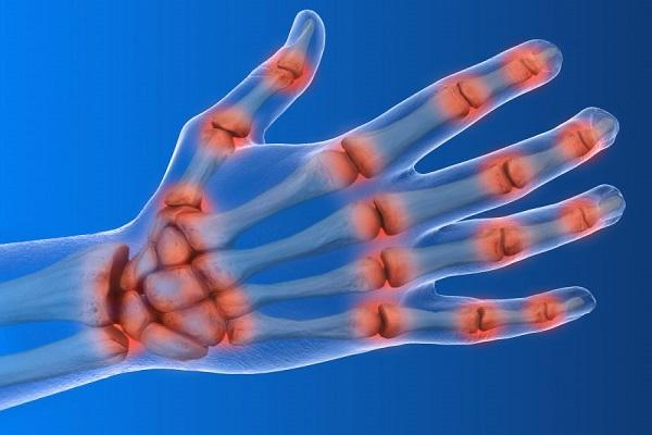 از دلایل احساس درد در دستها