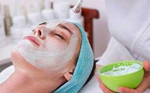 مزایا و معایب لایه برداری پوست صورت با TCA