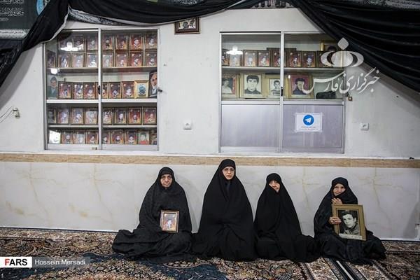 این مسجد را شهدا ساختهاند