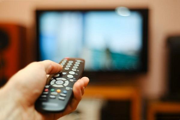 رابطه ی تلویزیون و ابتلا به سرطان
