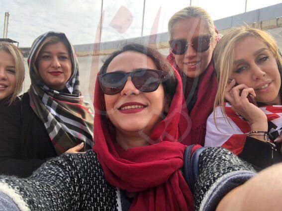 دختران پروین و خوردبین در ورزشگاه آزادی (عکس)