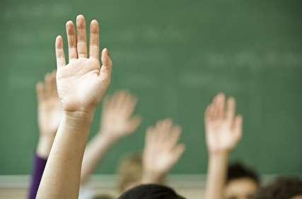 """معلمان زن باید در اکثریت باشند/ آموزش و پرورش شهریهای، مفسدهخیز است / تربیت در مدارس مبتنی بر """"تبعیت"""" است نه """"خلاقیت"""""""