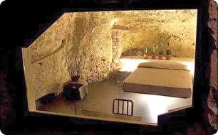 غار نشینی مدرن! (عکس)