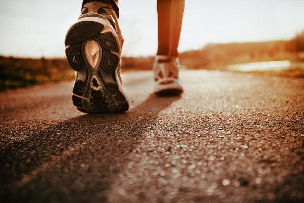 فواید ۳۰ دقیقه پیاده روی در روز برای سلامتی