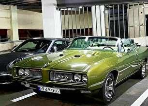 خودروی زیبای آمریکایی در تهران (عکس)