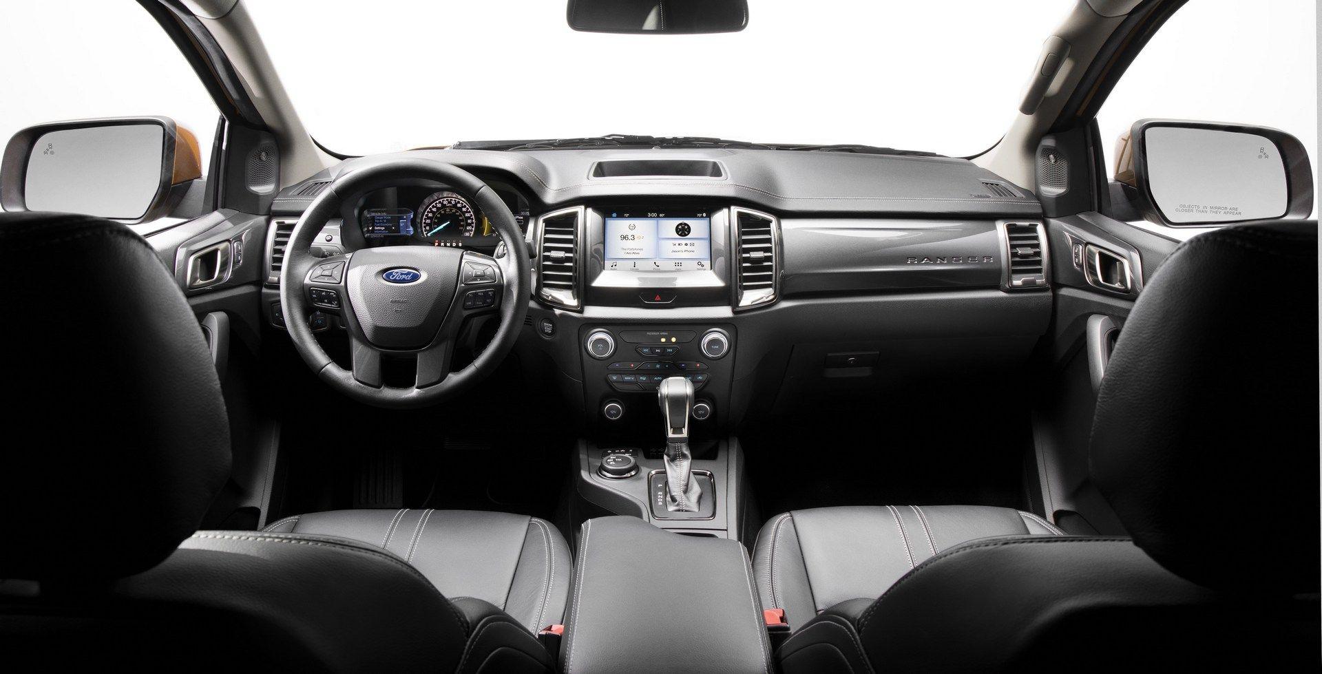 بوی خودروی نو در فرهنگهای مختلف/  فناوری فورد برای حذف بوی یک خودروی تر و تازه