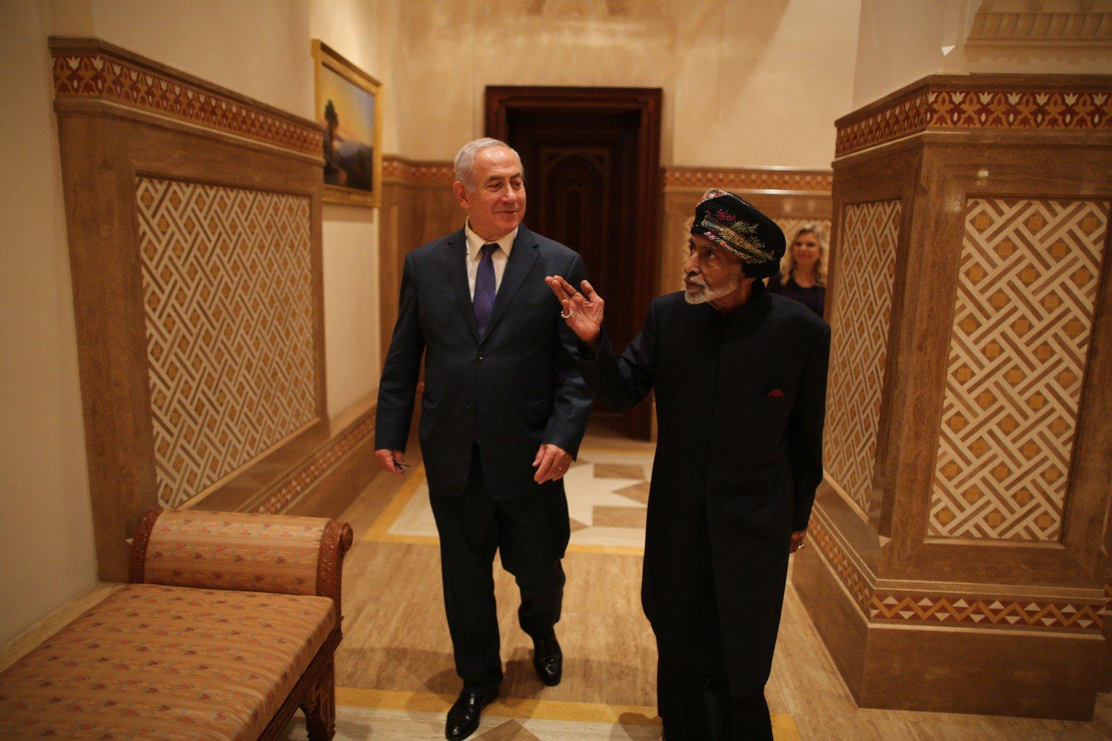 سفر نتانیاهو به عمان (+عکس)