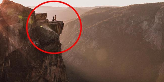سلفیهایی به قیمت زندگی روی صخره مرگ (+عکس)