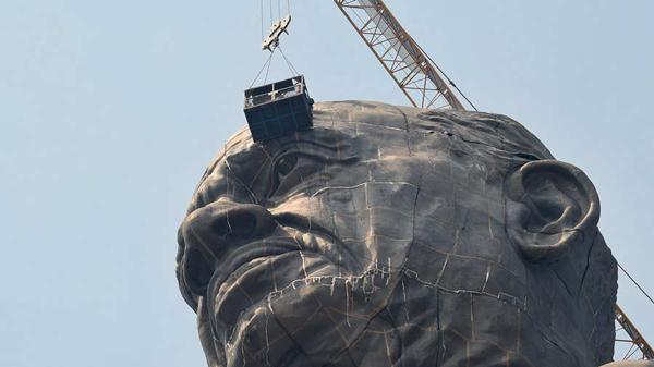 افتتاح مجسمهای که دو برابر مجسمه آزادی است! (+عکس)