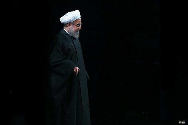 آقای روحانی! حواست هست، شمشیرهای از نیام بیرون آمده و شلاقها از کُنام کشیده شده